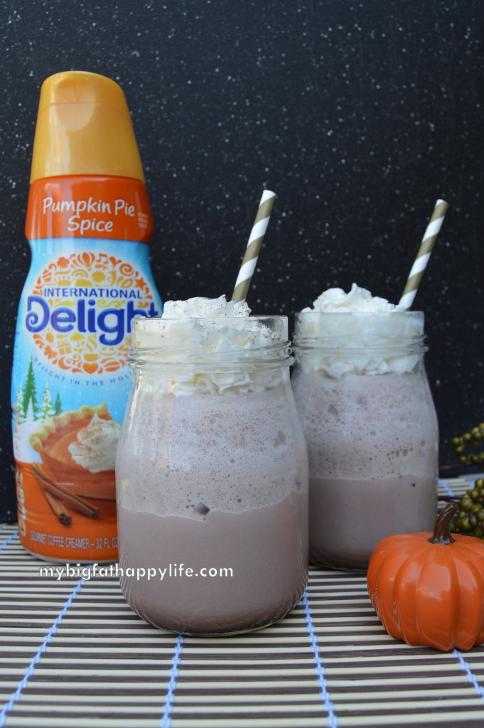 Frozen Pumpkin Pie Hot Chocolate #DelightfulMoments #ad | mybigfathappylife.com
