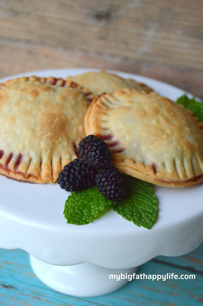 Blackberry Cheesecake Handpies | mybigfathappylife.com