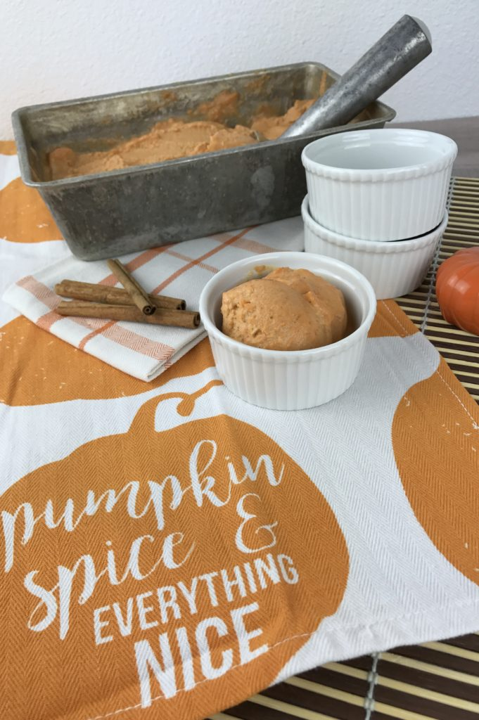 Skinny Pumpkin Pie Ice Cream; the perfect fall dessert   mybigfathappylife.com