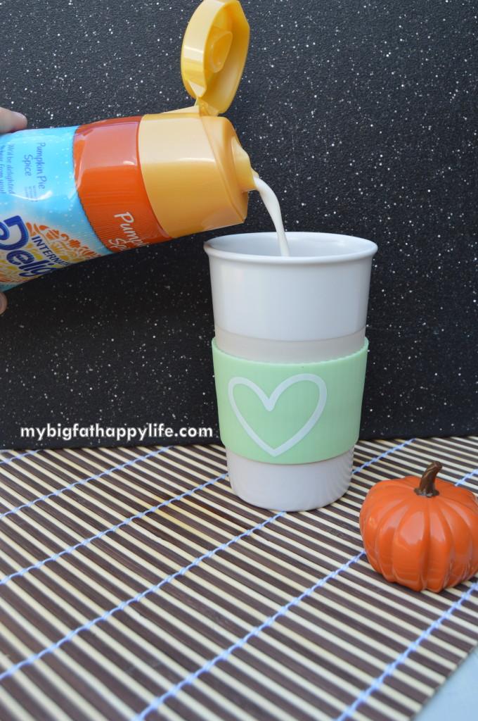Frozen Pumpkin Pie Hot Chocolate #DelightfulMoments #ad   mybigfathappylife.com
