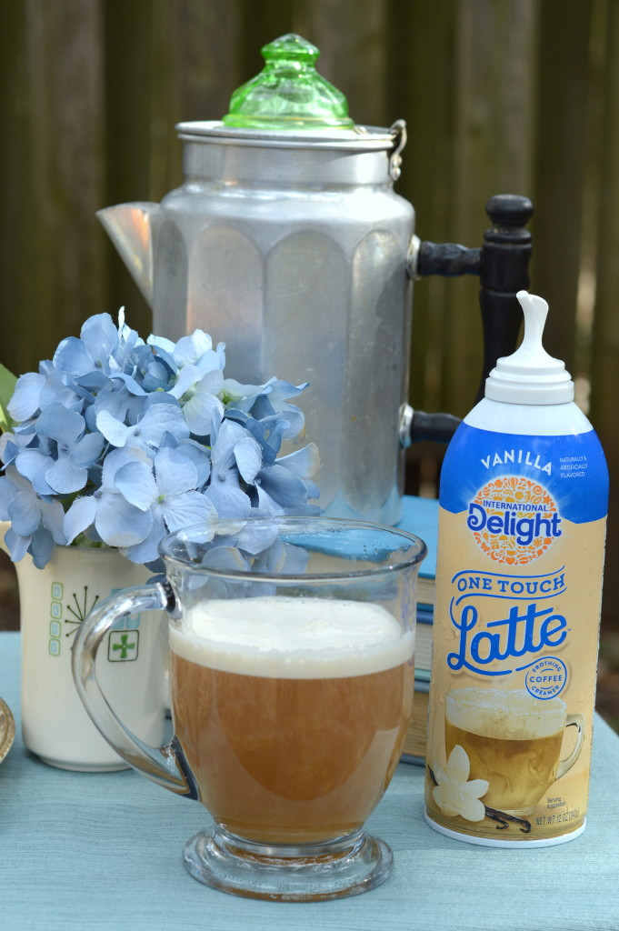 How to Make a Latte in 3 Easy Steps at home with no complicated machine #LatteMadeEasy #ad | mybigfathappylife.com