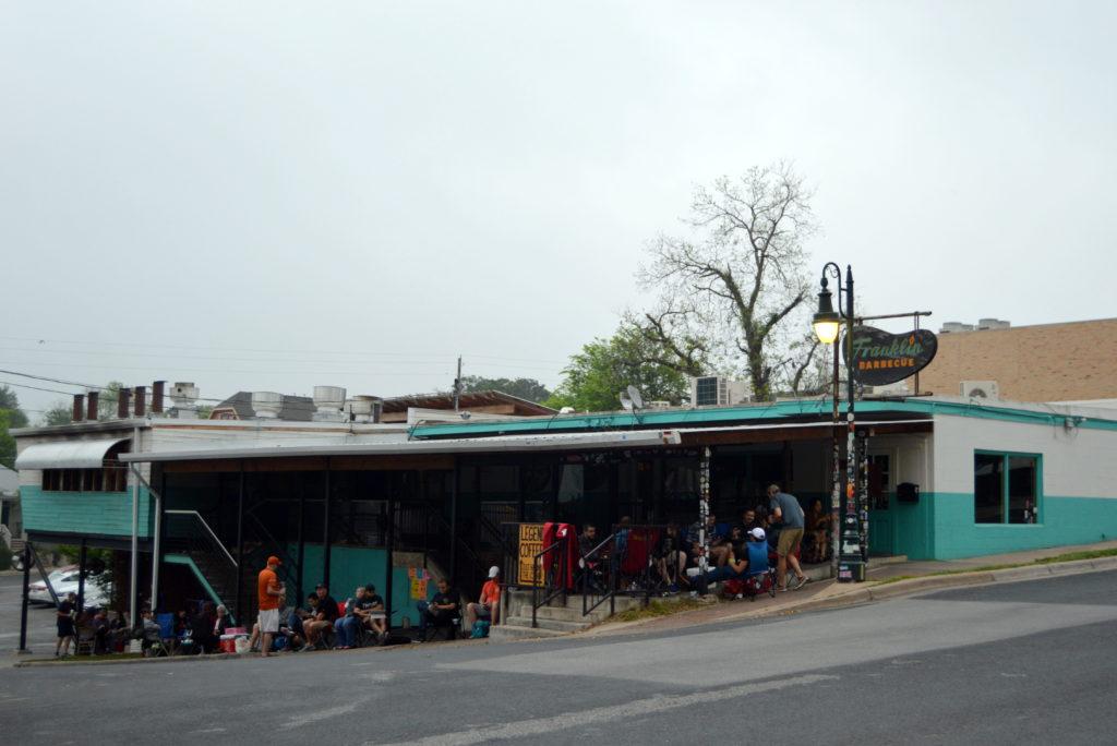 Tips for Visiting Franklin BBQ in Austin, Texas   mybigfathappylife.com